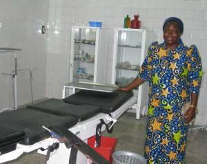 suzanne-luntadila-2012-kimwenza-web
