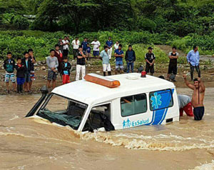 Ambulance-in-high-waters-web300px